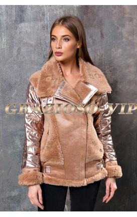 Модная куртка с отделкой из овечьей шерсти