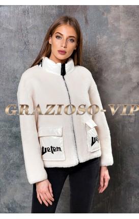 Светлая куртка из шерсти Тедди