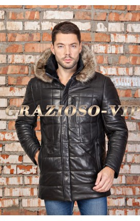 Кожаная куртка с капюшоном